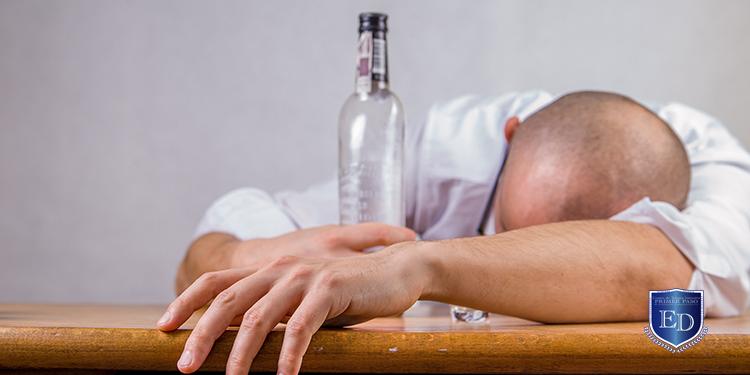 Articulo - Signos y Síntomas del Alcoholismo